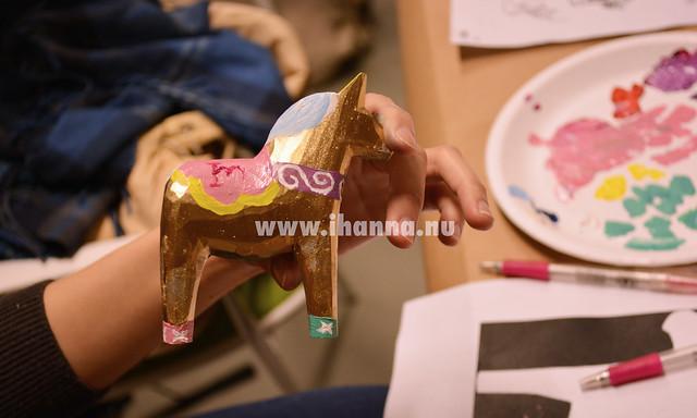 Golden dalahäst