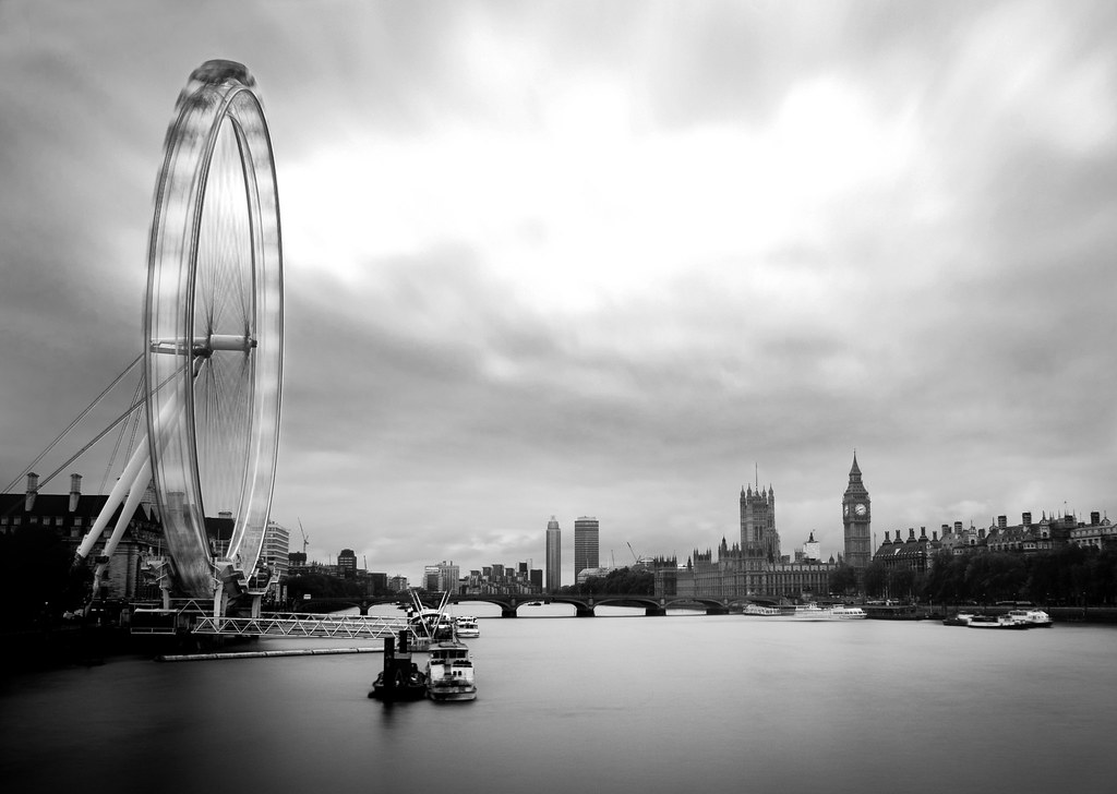 london, river thames, thames, the eye, london eye, moving, long exposure, monochrome, westminster