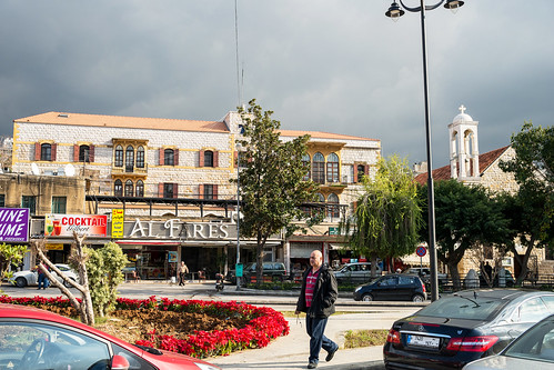 street lebanon cityscape sony streetphotography amount mountlebanon dyxum stphotographia sal2875 slta99v antilias