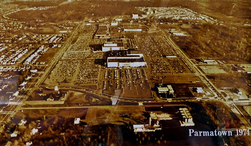 1974 view of the Parmatown Mall