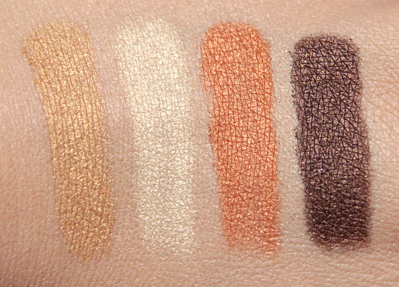 The Body Shop 30 brown shimmer cubes swatch