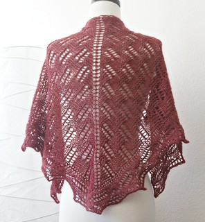 green mountain spinnery shawl