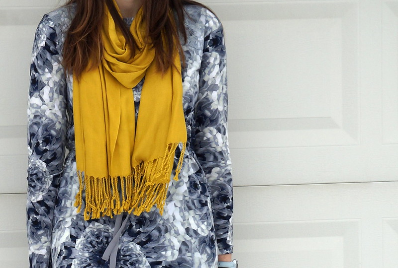 gray print dress with yellow scarf