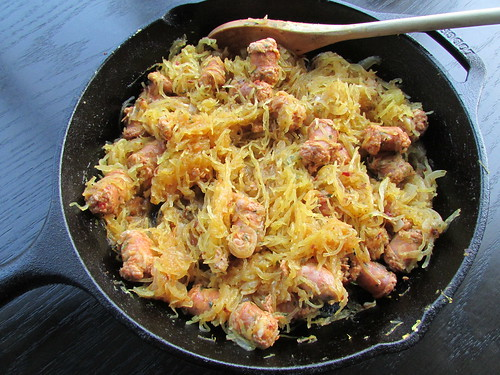 spaghetti squash with sausage on twothirtyate.com