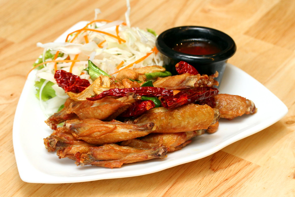 JEM Food Trail: Bangkok Jam's Fried Chicken Wings with Fish Sauce Marinade