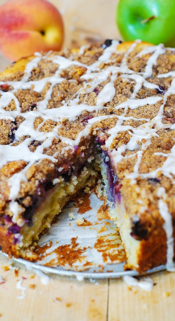 springform pan desserts, springform pan recipes, springform pan cakes, apple desserts, blueberry dessert, peach desserts, summer desserts, easy coffee cake, best coffee cake, crumb topping, streusel topping, dessert recipes, berry desserts, berry recipes