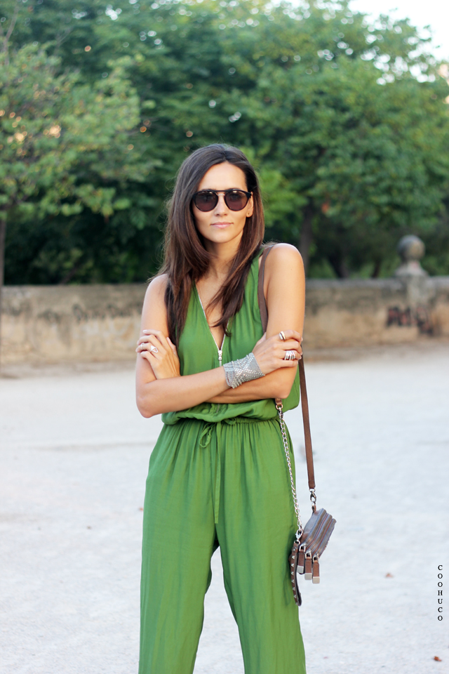 green jumpsuit coohuco 4