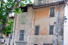 Place des Ormeaux, La Celle