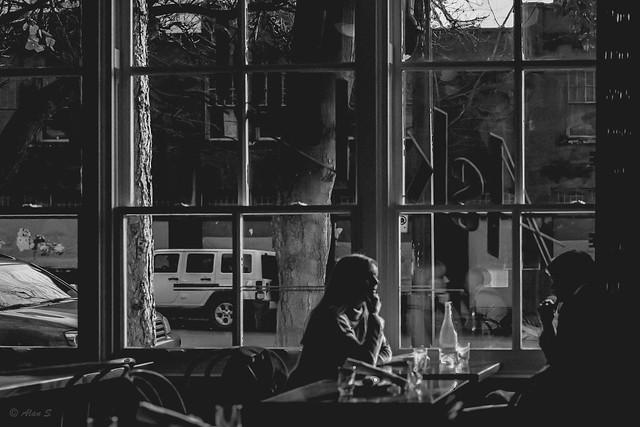 Restaurant - Film Contax