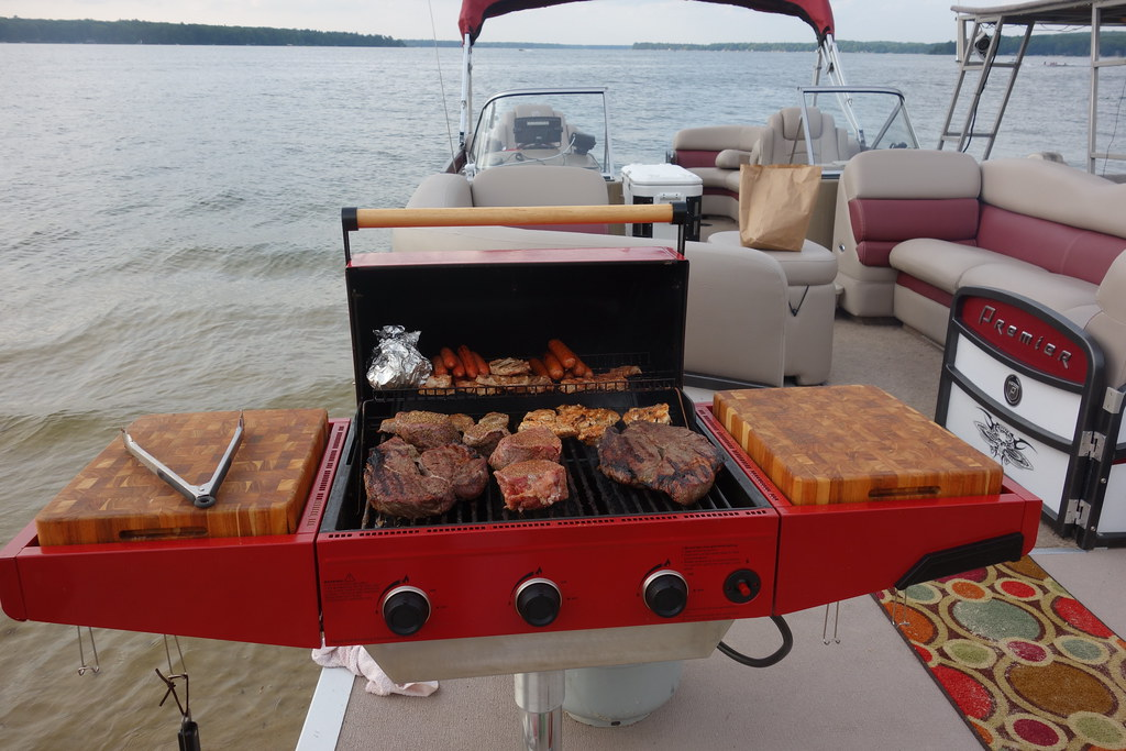 Custom Large Pontoon Boat Bbq Gas Grill Front Mount With C Flickr