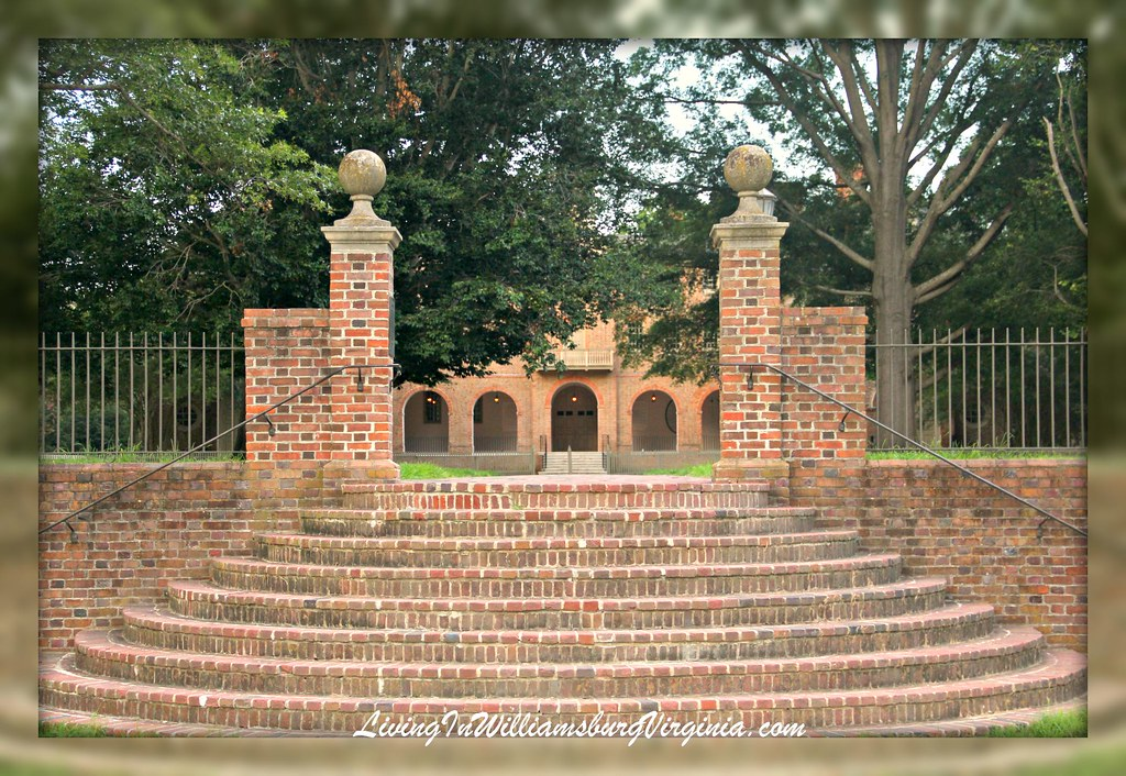 Sunken Garden Stairs to Wren Building, W&M