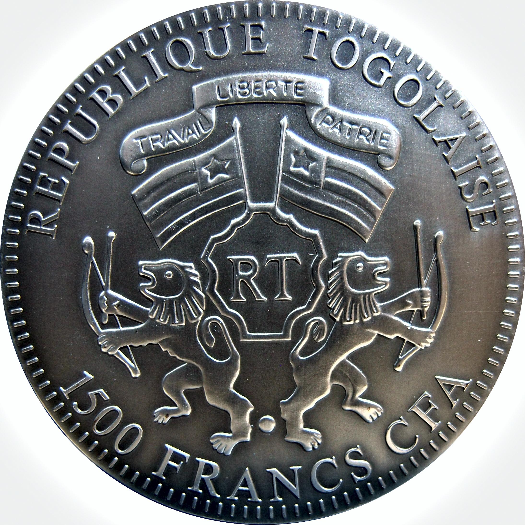 Togo. 1500 Francos CFA . 2 Onzas. 2012 Año del Dragón. 9636565192_a81ec82ec2_o