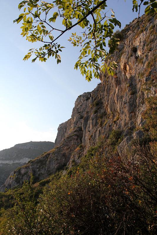 31-eze-cliff5