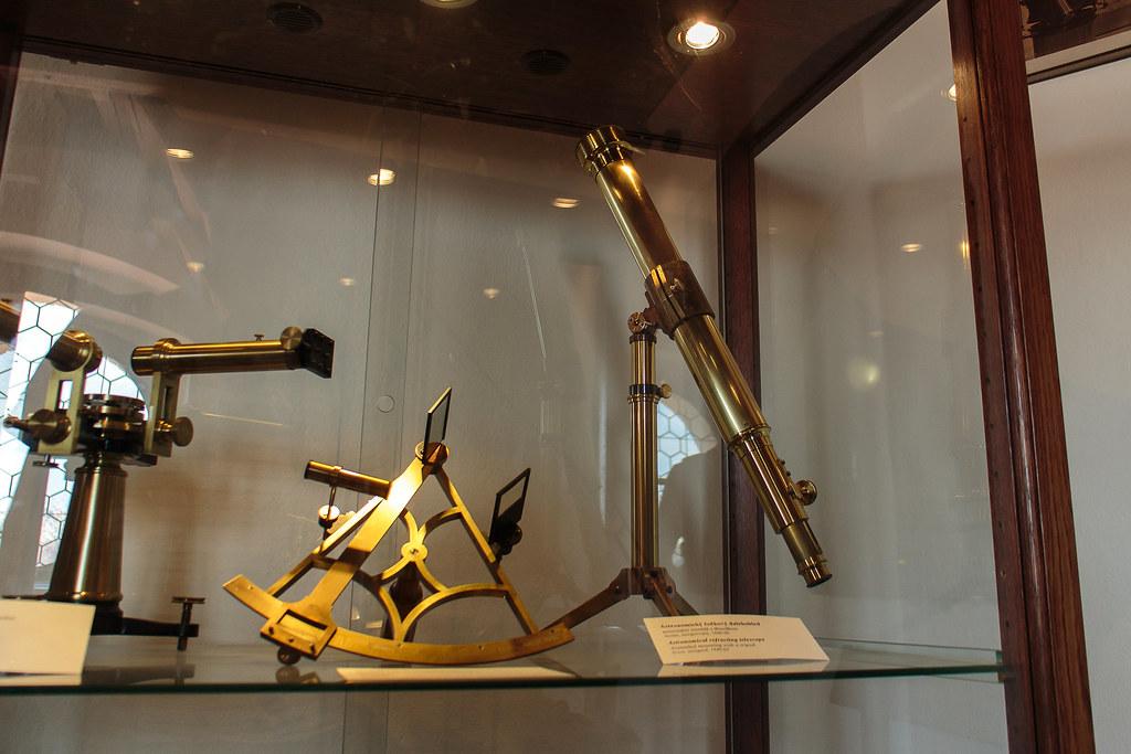 כלי מדידה במגדל האסטרונומי