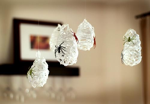 spider crafts, spooky crafts, halloween