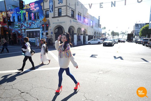 Becky♪♯ in Venice Beach, California