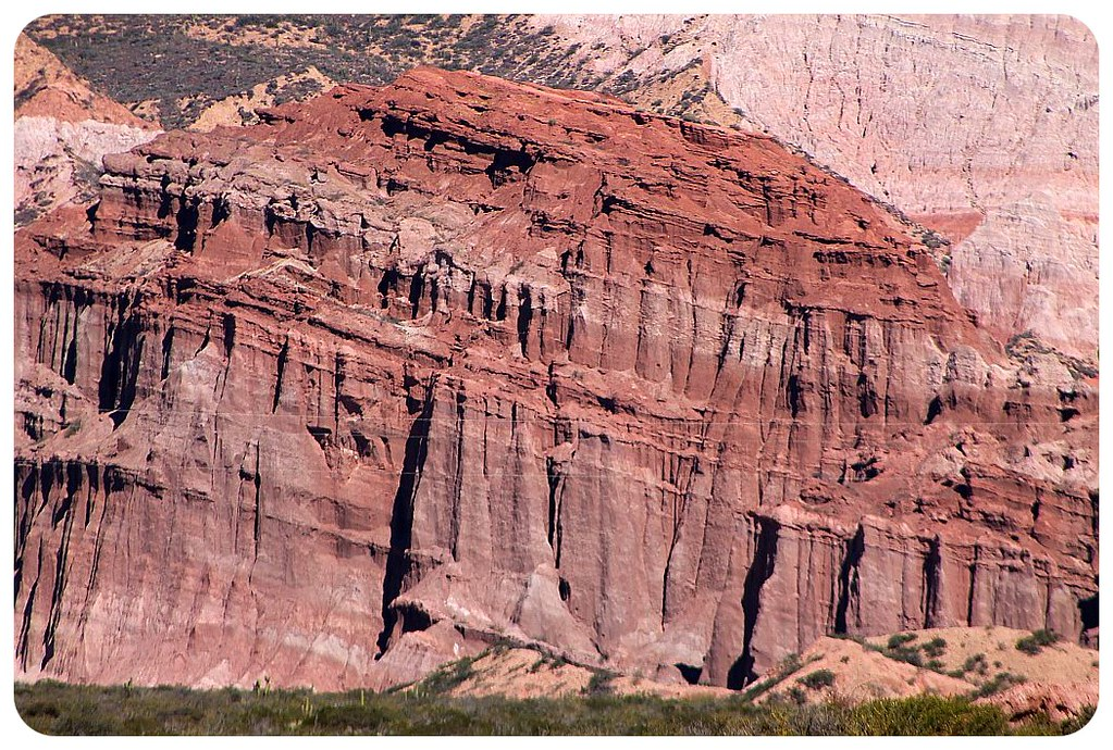 quebrada de las conchas red cliffs