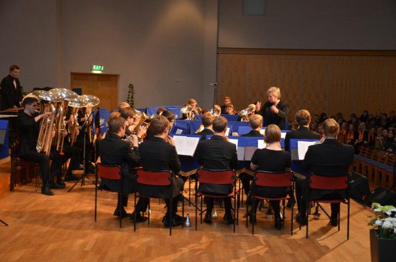 Brassbandfestivalen 2012 - SYBB med dirigent Berit Palmquist