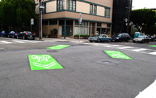 20120527 green-backed-sharrows-intersection