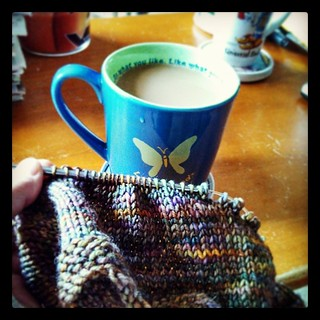 Good Morning! #coffee #knitting #knitstagram #scarf