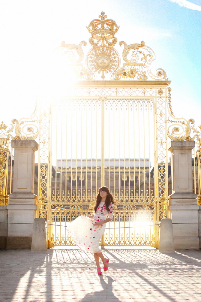 Versailles-The-Cherry-Blossom-Girl-01 top 10 fashion bloggers call me maddie