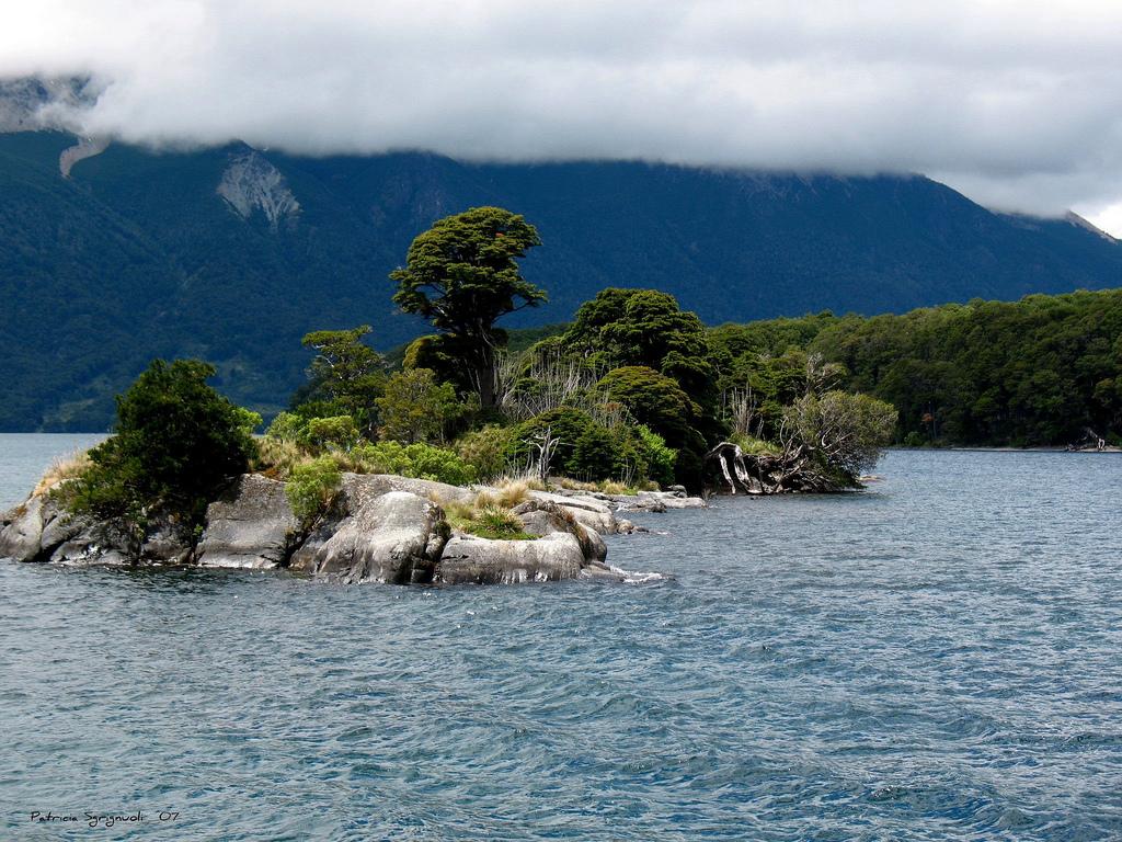 18. Lago Huechulafquen. Neuquén. Autor, Patricia Sgrignuoli