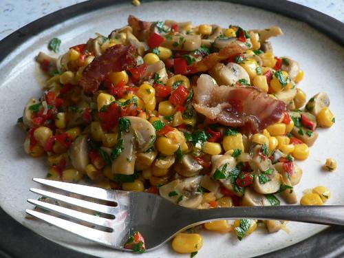 Maisgemüse mit Champignons und/ohne Bacon