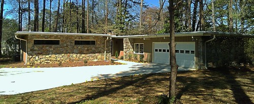 Renovated Home on Smithstone Drive / Marietta, GA