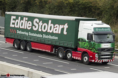 Volvo FH 6x2 Tractor with 3 Axle Curtainside Trailer - KW13 UBZ - H4918 - Carrie Ruth - Eddie Stobart - M1 J10 Luton - Steven Gray - IMG_3815
