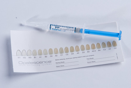 權泓牙醫診所的美白居家護理組-歐卓登特10%牙齒美白劑12