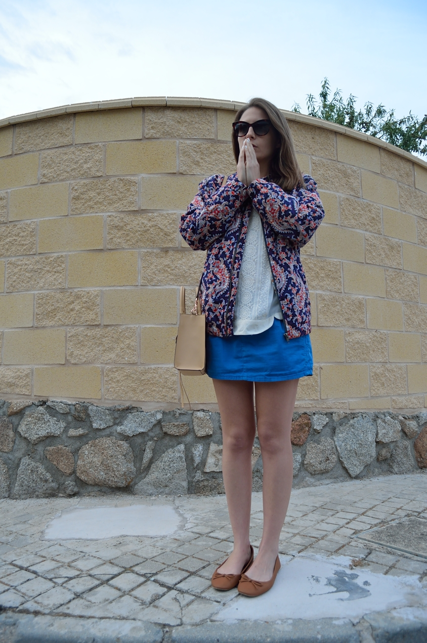 lara-vazquez-madlula-blog-fashion-look-peace-and-love-easy