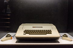 personal computer hardware(0.0), multimedia(0.0), typewriter(1.0), office equipment(1.0),
