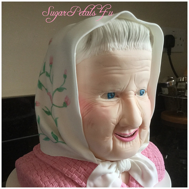 Head Cake by Julie Green of SugarPetals4U