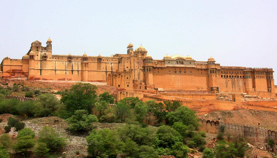 Amer Fort is made of pink sandstone