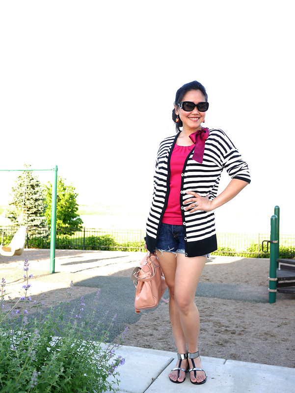 kors cardi - levis shorts - mulberry alexa bag2