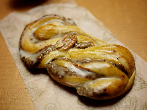 06-27 pecan roll
