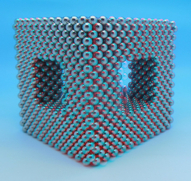 3D-Hollow-Diagonal-Cube3
