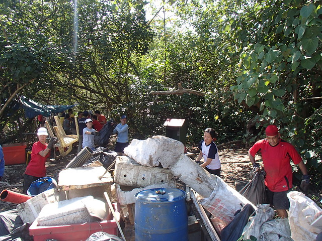 056_PostNDay_Mangrove_Cleanup-10Aug2013[SS&AS]