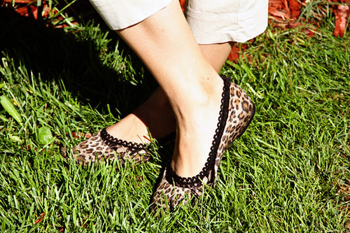 Day-11_Cheetah-print-shoes2