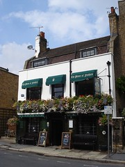 Picture of Plume Of Feathers, SE10 9LZ
