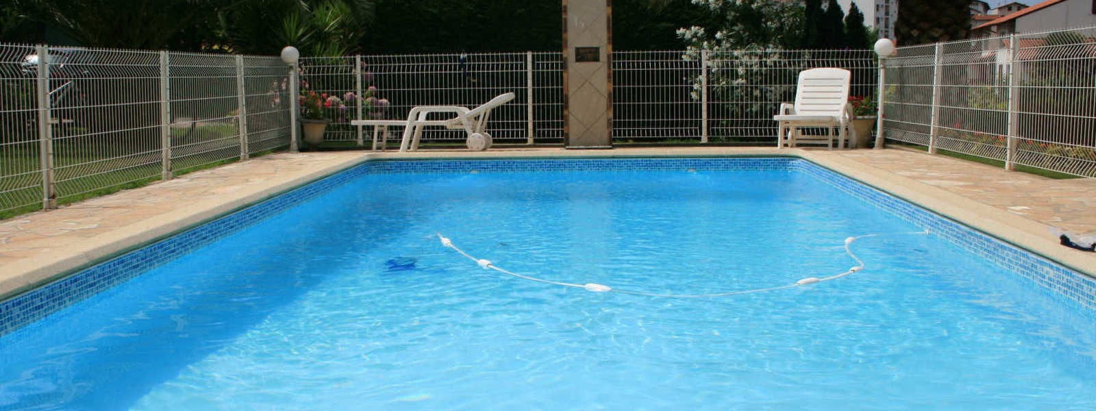 piscine privée location hendaye
