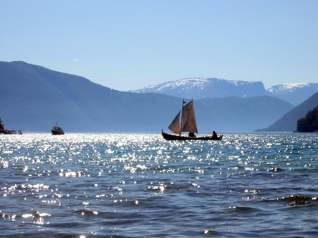 12. El viejo arte de la pesca en Sognefjorden. Autor, Arnybo
