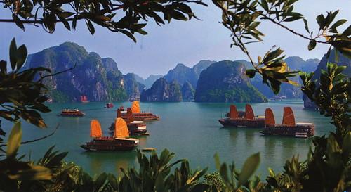 12951 - Ha Long Bay