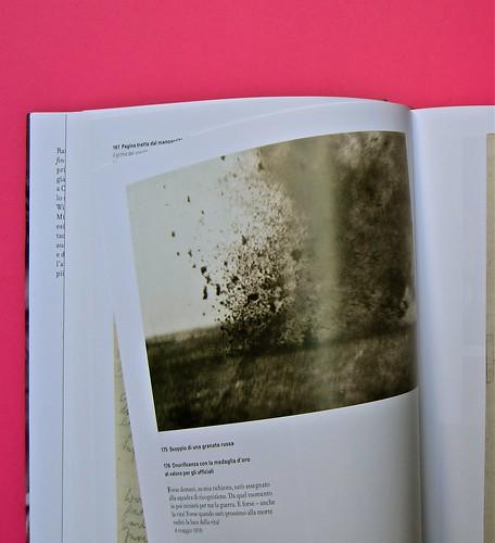 Michael Nedo (a cura di), Una biografia per immagini. Carocci 2013. Progetto grafico di Shoko Mugikura e Michael Nedo. Falcinelli & co. per l'ed. it. Pag. 146 e 147 (part.) 1