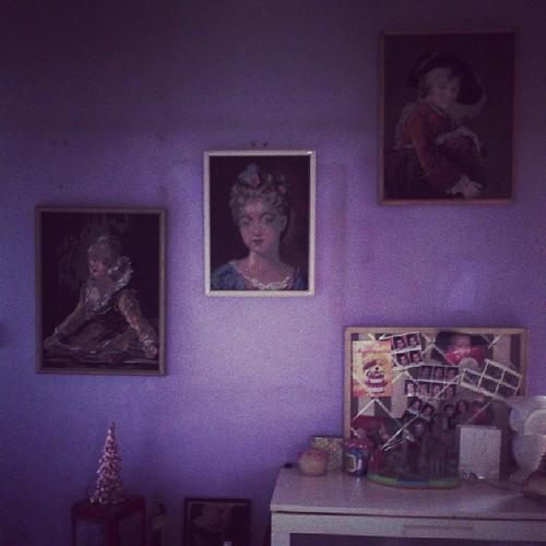 Les grandes toiles canevas de ma maman sont enfin installer. #ourlittlefamily #france