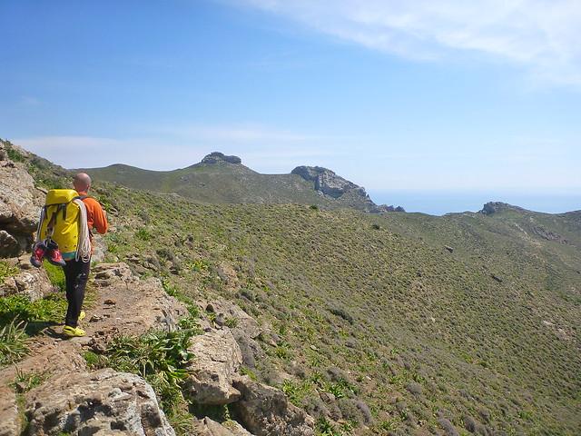 accès au canyon de tsoutsouros
