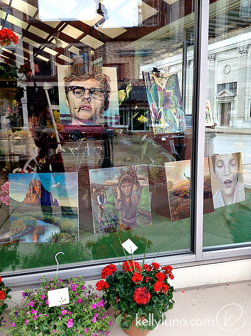 Artwalk-frontwindow