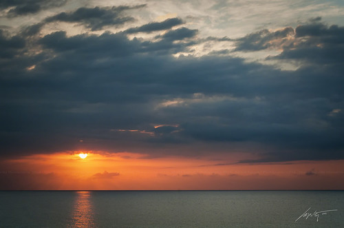 light sea sun water clouds landscape bay nikon top jamaica hdr blending montego caribic d300s