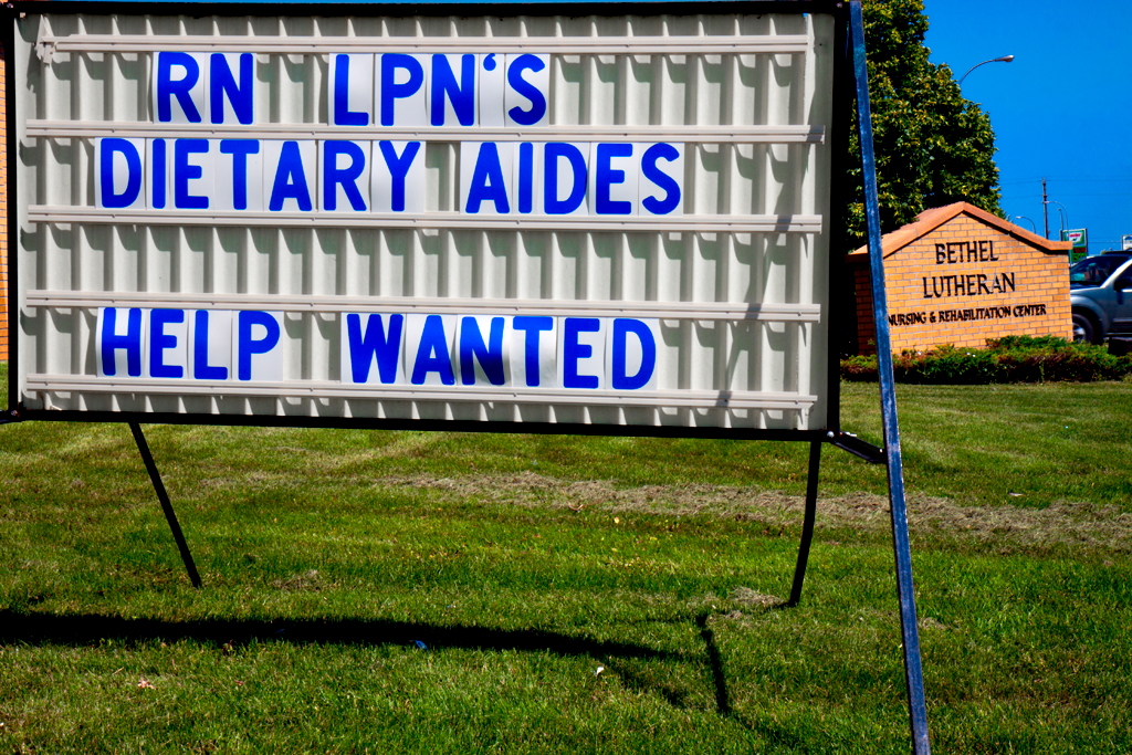 DIETARY-AIDES-HELP-WANTED--Williston