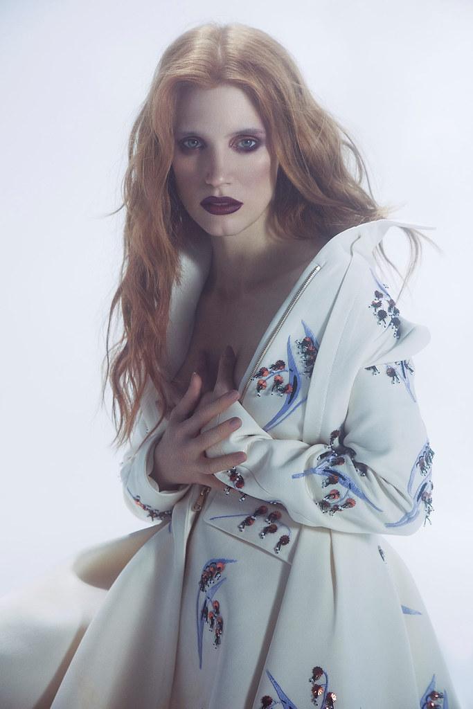 Джессика Честейн — Фотосессия для «Vogue» UA 2016 – 8